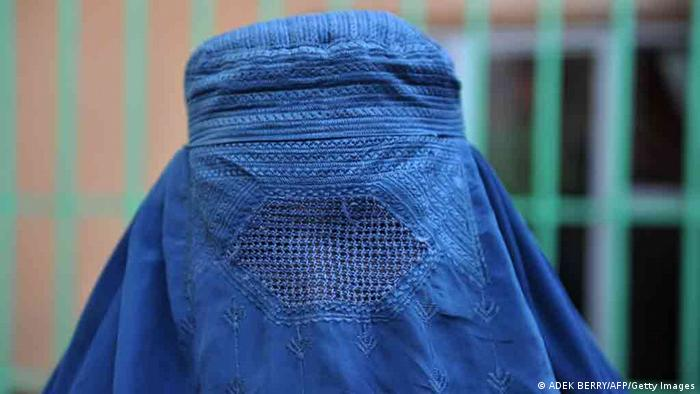 Burka Trägerin in Afghanistan