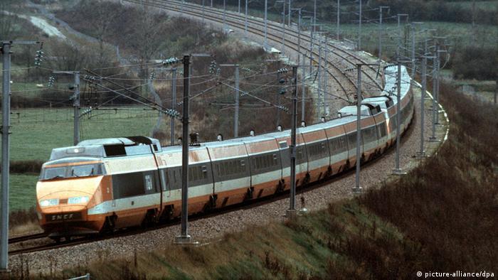 Bildergalerie Hochgeschwindigkeitszüge Frankreich TGV (picture-alliance/dpa)