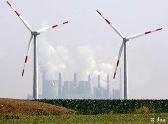 Alternatif enerji kaynaklarının başında rüzgar enerjisi geliyor