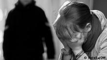 Symbolbild Missbrauch Opfer Fotolia/DW