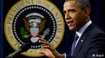 President Barack Obama gestures as he speaks about the fiscal cliff, Monday, Dec. 31, 2012, (Foto:Charles Dharapak/AP/dapd)