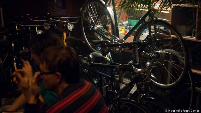 Combination bicycle workshop/bar, Dr. Seltsam