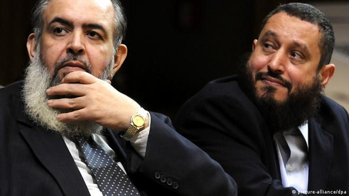 Former Islamist presidential hopeful, Hazem Abu Ismail (L), and former chairman of the Salafi Nour Party, Emad Abdel Ghafour (R), look on during a press conference to announce the launching of new al-Watan party, in Cairo, Egypt, 01 January 2013. According to local media, Abdel Ghafour, who resigned from Nour Party, announced the formation of the new party with an aim to group the Salafists and compete in the upcoming parliamentary elections. Nour Party was the most influential Salafi party in Egypt, and came in the second place after the Muslim Brotherhood_s Freedom and Justice Party in last elections. EPA/STR +++(c) dpa - Bildfunk+++