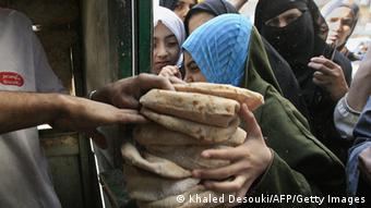 Egypt is in the grip of a serious bread crisis brought on by a combination of the rising cost of wheat on world markets and inflation. (PHOTO: KHALED DESOUKI/AFP/Getty Images)