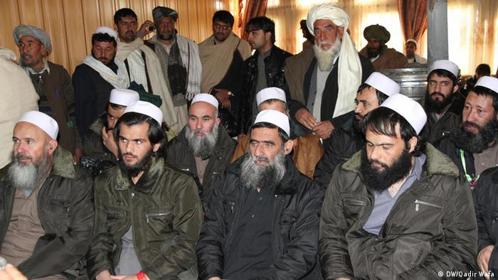 Befreite Gefangene aus dem Bagram-Gefängnis in Afghanistan (Foto: DW)