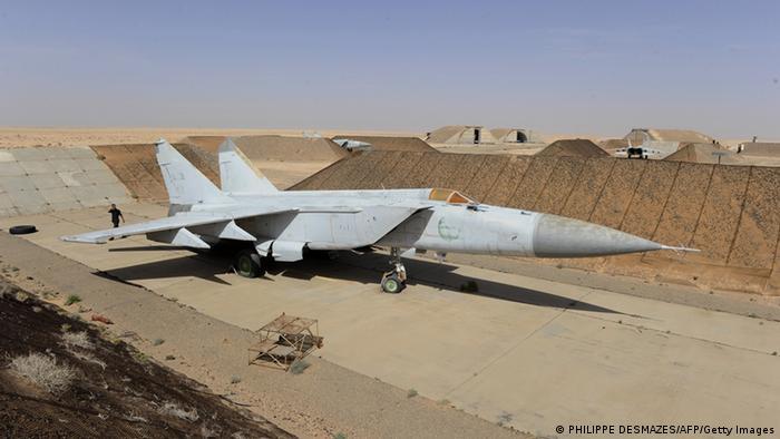 Kampfflugzeug MiG 23 (Foto: PHILIPPE DESMAZES/AFP/Getty Images)