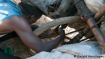 Em Moçambique boa parte da população trabalha no setor informal