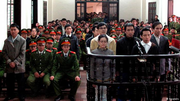 Dissidents on trial in Vietnam (Reuters)
