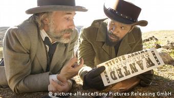 Christoph Waltz und Jamie Foxx) in einer Szene des Kinofilms «Django Unchained» (Foto: Sony Pictures Releasing GmbH/ dpa)