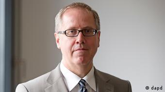 Глава немецкого профсоюза работников налоговой службы Томас Айгенталер