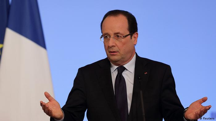 French President Francois Hollande delivers his speech as he attends New Year wishes ceremony for diplomats at the Elysee Palace in Paris, January 11, 2013. (Photo: REUTERS/Philippe Wojazer)