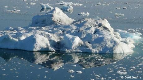 Melting Arctic ice (photo: Irene Quaile/DW)
