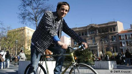 Aitor Gurucharri auf Fahrrad Foto: Ruth Krause