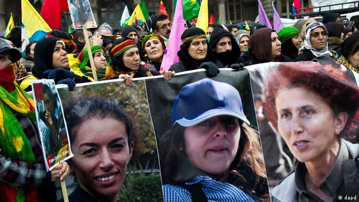 Demonstration Paris Frankreich Erschiessung kurdische Frauen (Foto: dapd)