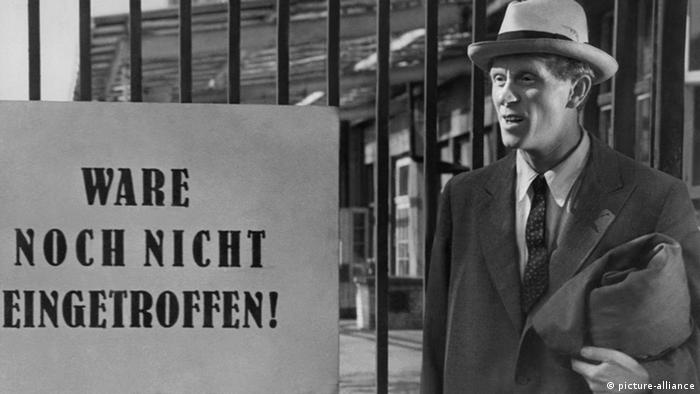 Szene aus dem Film Berliner Ballade mit Gert Fröbe (Foto: picture alliance)