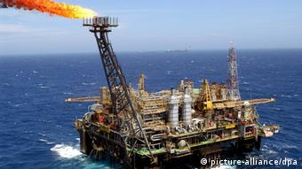 Petrobras petroleum platform anchored 175 km from the shores of Rio de Janeiro, Brazil. Copyright: EPA/MARCELO SAYAO