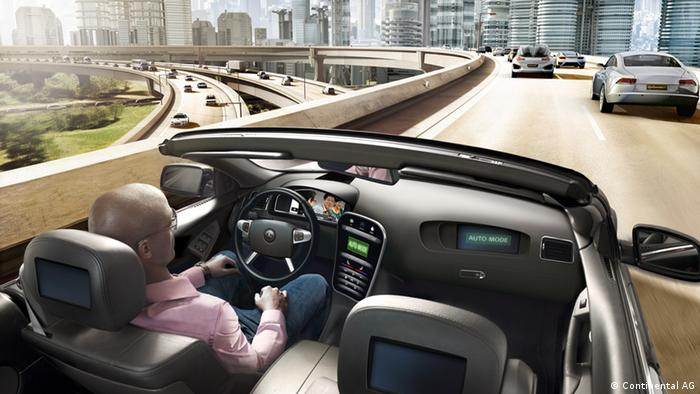 hands-free driving, car with person. Quelle: Continental AG