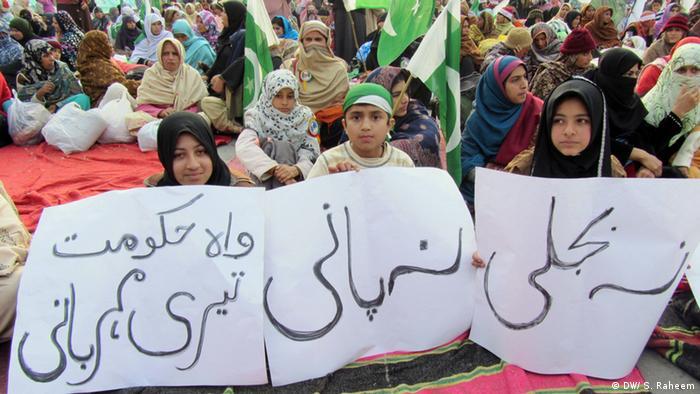 Aksi protes di Islamabad