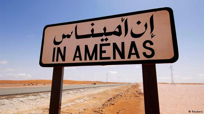 A road sign indicating In Amenas, about 100 km (60 miles) from the Algerian and Libyan border, is seen in this undated picture provided by Norwegian oil company Statoil January 16, 2013. Islamist militants attacked a gas production field in southern Algeria January 16, 2013, kidnapping at least nine foreigners and killing two people including a French national during a dawn raid, local and company officials said. The In Amenas gas field is operated by a joint venture including BP, Norwegian oil firm Statoil and Algerian state company Sonatrach. REUTERS/Kjetil Alsvik / Statoil/Handout (ALGERIA) ATTENTION EDITORS - THIS IMAGE WAS PROVIDED BY A THIRD PARTY. FOR EDITORIAL USE ONLY. NOT FOR SALE FOR MARKETING OR ADVERTISING CAMPAIGNS. THIS PICTURE IS DISTRIBUTED EXACTLY AS RECEIVED BY REUTERS, AS A SERVICE TO CLIENTS. NO ARCHIVES (CIVIL UNREST BUSINESS COMMODITIES)