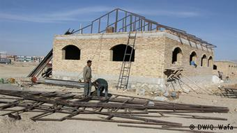 Construction of 'The Center of Islamic Culture' for 2013 in Ghazni, Afghanistan. (Deutsche Welle Qadir Wafa)