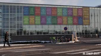 Auf dem Bild: Fassade des EU-Parlaments in Straßburg, Frankreich. 16.1.2013. Rechte: Philipp Böll / DW