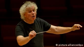 Simon Rattle abandonará la Filarmónica de Berlín en 2018