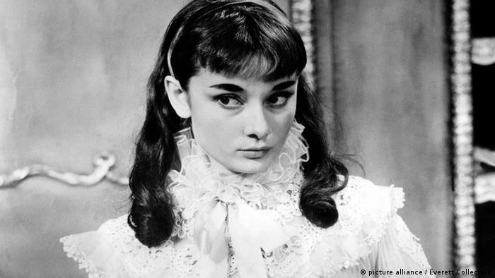 Audrey Hepburn Gigi Broadway 1951