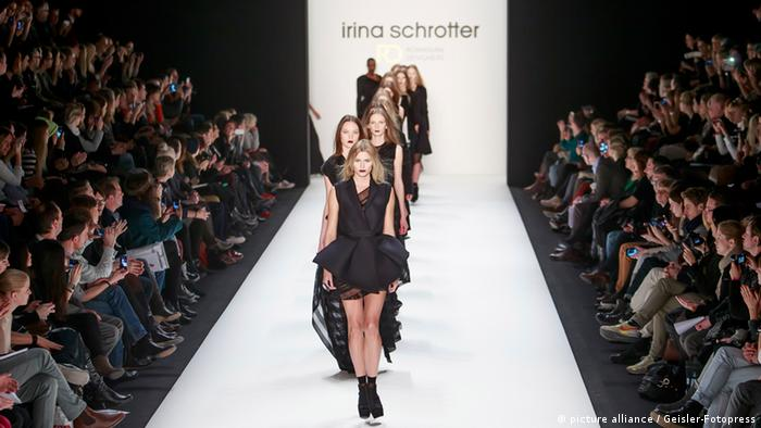 Irina Schrotter Fashion Show bei der Mercedes-Benz Fashion Week Berlin Autumn/Winter 2013. Berlin 18.01.2013