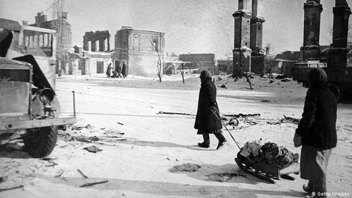 1942: A handful of people remained on Stalingrad's streets during its siege by the Nazis