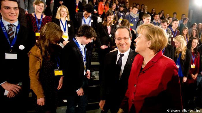Олланд и Меркель открывают празднования 50-летия подписания германо-французского договора о примирении и дружбе
