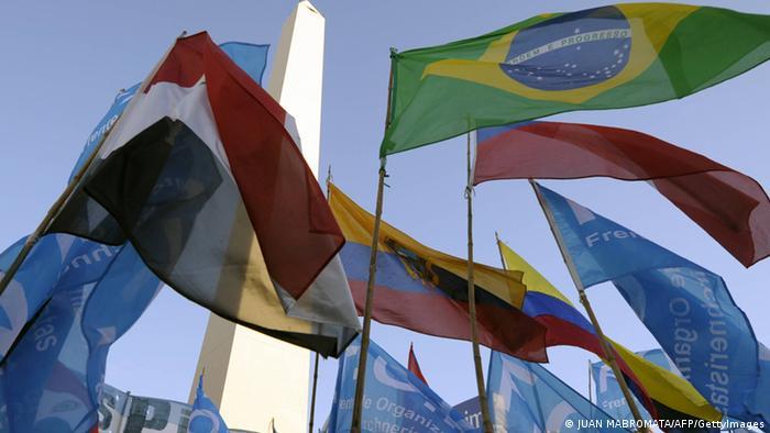 Flaggen der Mercosur-Mitgliedsstaaten (Foto: AFP/GettyImages)