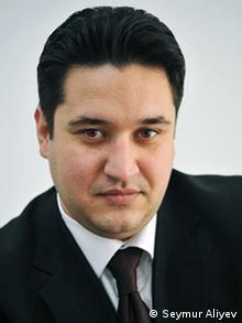 سیمور علیاف مدیر اخبار بخش انرژی خبرگزاری ترند آذربایجان: امضای توافقنامه با آذربایجان پروژه نابوکو را قطعی نخواهد کرد