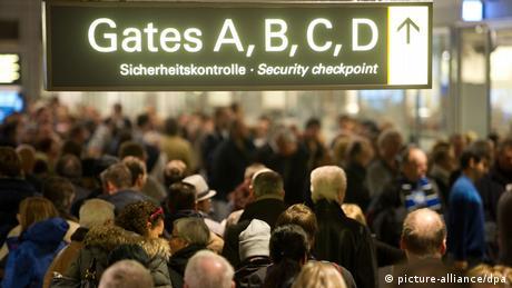 Streik des Sicherheitspersonals am Flughafen Hamburg ARCHIV (picture-alliance/dpa)