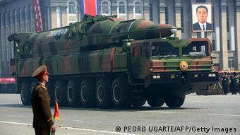 Nordkoreanische Rakete bei einer Militär-Parade
