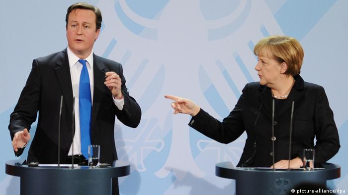 David Cameron and Angela Merkel. Photo: Hannibal dpa/lbn +++(c) dpa - Bildfunk+++