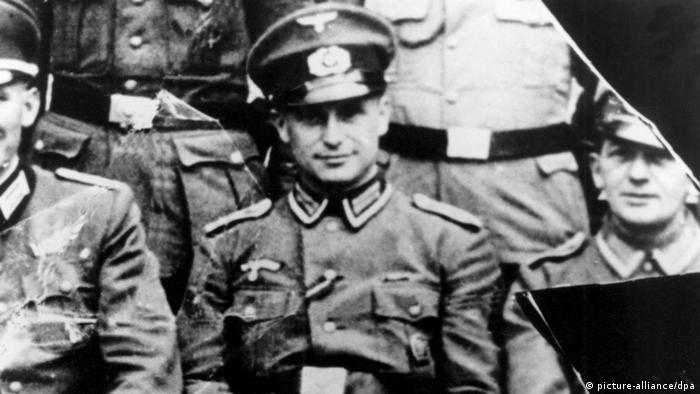 Resultado de imagem para Klaus Barbie, o criminoso nazista que ajudou na ditadura da Bolívia