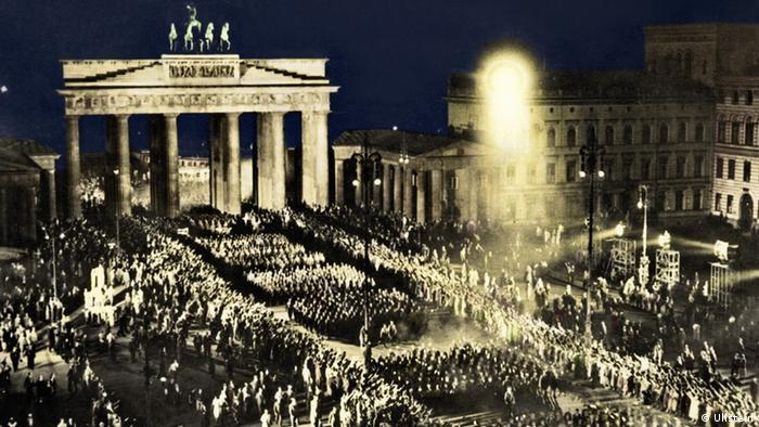 Toma del poder del partido nazi (NSDAP) de Adolf Hitler. (Foto de 1933).