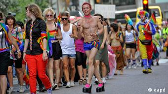 People marching in a gay pride parade (Photo:Scanpix/Erik Martensson/AP/dapd)
