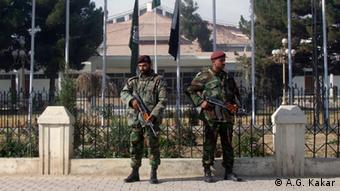 Pakistani soldiers in front of the Assembly building in Quetta, Pakistan. (Copyright: A.G. Kakar)