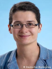 Porträt von Daniela Kolbe, SPD, MdB und Vorsitzende der Enquete-Kommission Wachstum, Wohlstand, Lebensqualität (Foto: Deutscher Bundestag)