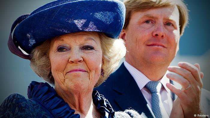 Porträtfoto von Königin Beatrix und Prinz Willem-Alexander der Niederlande.