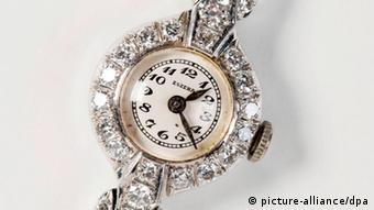 Ručni sat, poklon Adolfa Hitlera Evi Braun