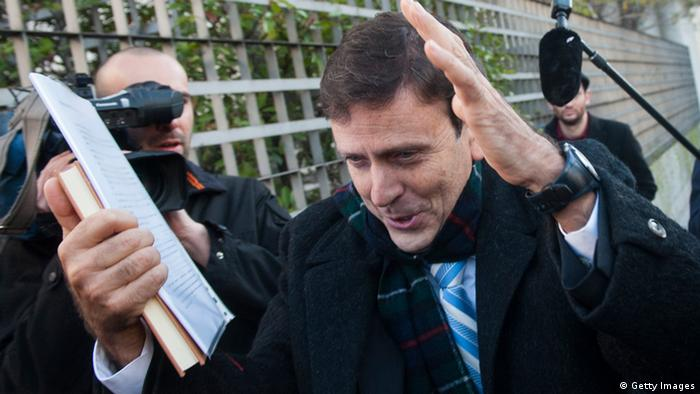 Eufemiano Fuentes vor dem Gerichtsgebäude in Madrid. Foto: Getty Images
