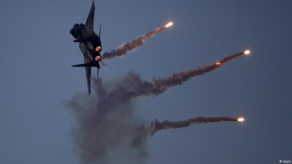 غارات إسرائيلية صواريخ سورية 0,,16563241_403,00.j