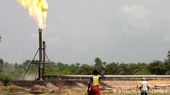 Flame burning at Nigerian refinery (EPA)