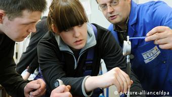 Mladi praktikanti u jednom poduzeću u Njemačkoj.