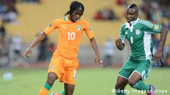 RUSTENBURG, SOUTH AFRICA - FEBRUARY 03: Gervinho of Ivory Coast and Brown Ideye of Nigeria vie for the ball during the 2013 Orange African Cup of Nations 3rd Quarter Final match between Ivory Coast and Nigeria, at Royal Bafokeng Stadium on February 03, 2013 in Rustenburg, South Africa. (Photo by Lefty Shivambu/Gallo Images/Getty Images)