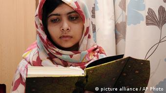 Malala Yousufzai (Photo: AP Photo/Queen Elizabeth Hospital, File)
