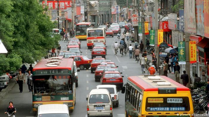 Straßenverkehr in Peking
