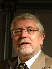 Professor Michael Brzoska (Director, Institute for Peace Research and Security Studies at the University of Hamburg). Copyright: privat